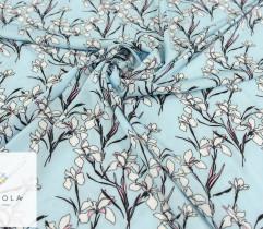 Silki kwiaty irysy na błękitnym tle