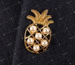Pprzypinka, wpinka, pin ananas z perłami (2602)