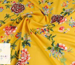 Wiskoza czerwone kwiaty na żółtym