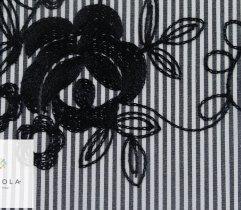 Tkanina haftowana czarne kwiaty na szarym