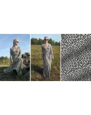 Długa sukienka w panterkę wykonana przez Meggi.